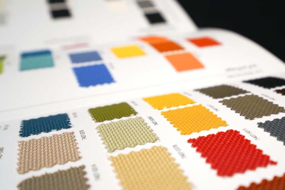 Zoom « Batyline ISO 62 » SERGE FERRARI